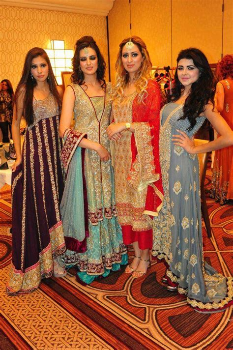hairstyles for indian bride s sister pakistani wedding dresses for brides sisters and friends