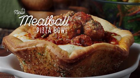 olive garden y olive garden introduces meatball pizza bowl 105 5
