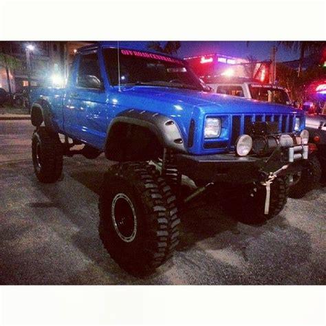 jeep comanche blue jeep comanche this blue is amazing jeepin