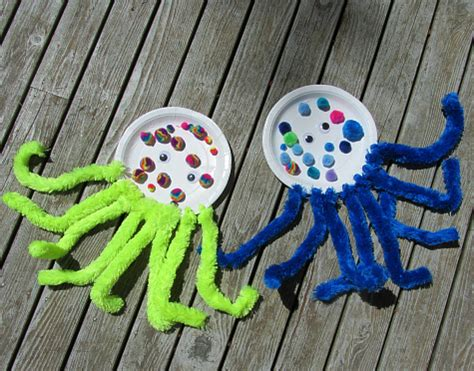 Paper Octopus Craft - paper plate pom pom octopus craft no time for flash cards