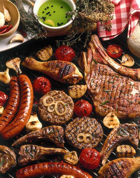 cucinare carne alla brace come cucinare la carne alla griglia sale pepe