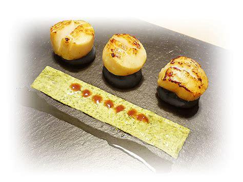 recette de cuisine gastronomique jacques sur boudin noir tapis de sauce au persil