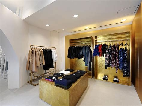 shop in shop interior dover street market shop interior design in tokyo