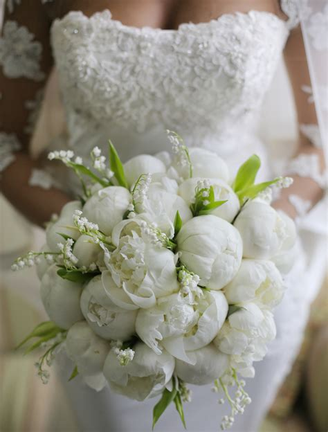 mazzo di fiori da sposa addobbi floreali matrimonio