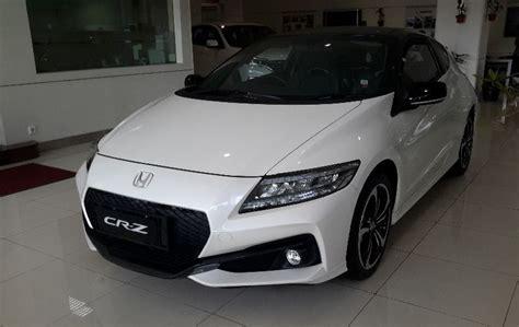 mobil honda sport mobil sport hybrid honda cr z dipesan 130 unit di
