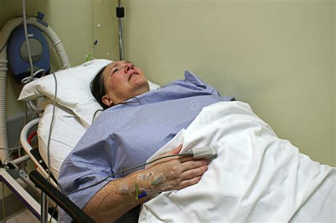 patient in emergency room patient in emergency room bed stock image image of clinical examination 28067439