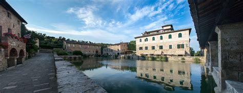 bagno vignoni val d orcia bagno vignoni springs in val d orcia visit tuscany