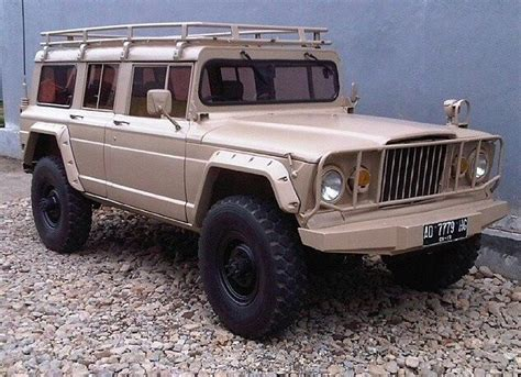 custom kaiser jeep m715 grand wagoneer custom jeeps pinterest search