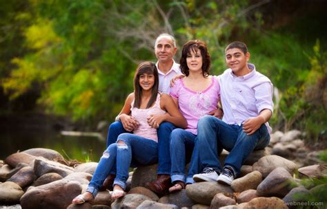 Family Portrait Ideas by Family Portrait Ideas By Setrik 5
