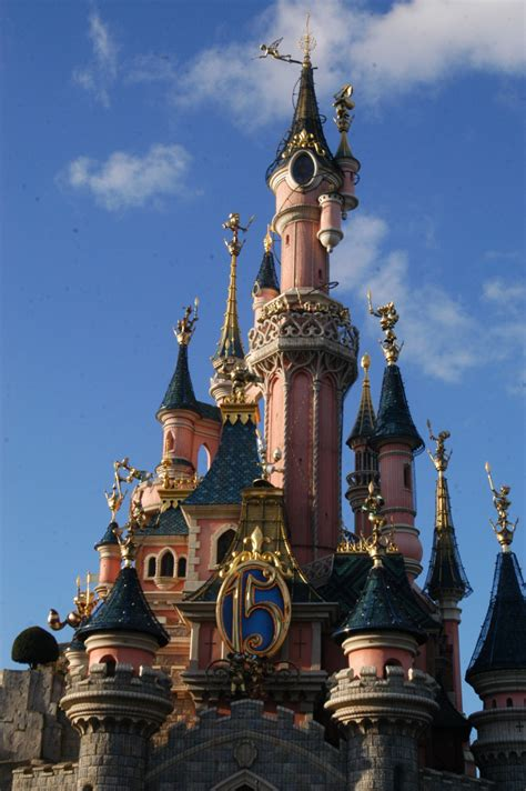 london themes park 163 2bn disneyland style theme park coming to kent from