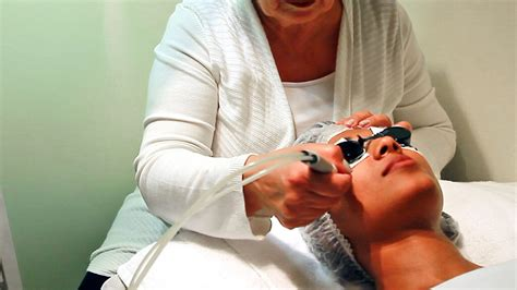 esthetician salary info healthcare salary info