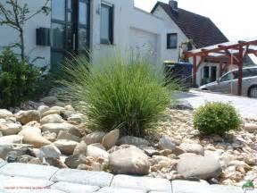gartengestaltung vorgarten mit kies gestalten vorgarten mit kies anlegen kunstrasen garten