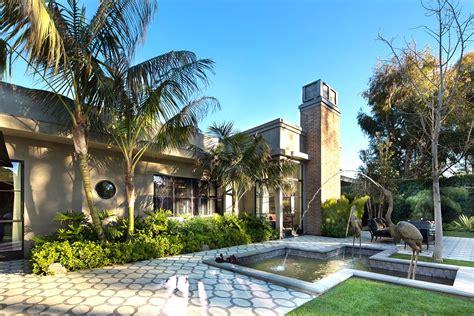 million dollar backyard 25 million dollar art deco style estate see this house