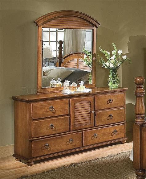 pine finish contemporary bedroom w cannonball panel bed