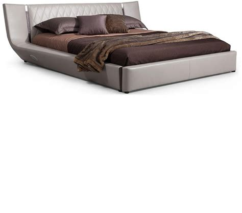 niacin before bed music beds dreamfurniture com denmark contemporary leatherette