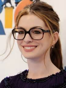what is popular in 2017 prescription eyeglasses trends 2017