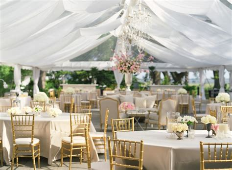 Flower To Decorate A Wedding by Decorating Tent For Wedding Centerpieces Bridal Flowers