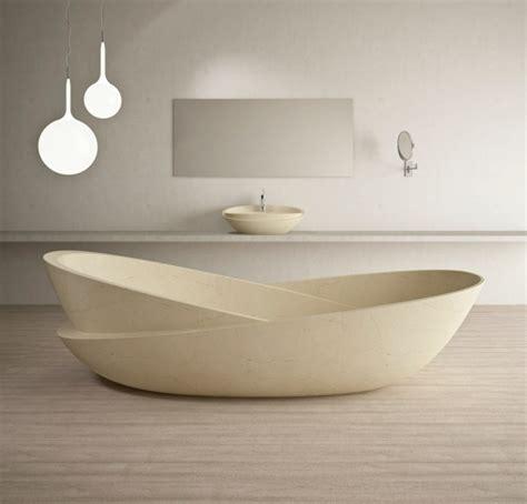 Baignoires Design by Salle De Bain Luxe Avec Baignoire Design En 36 Belles Images
