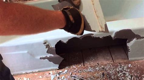 remove cast iron bathtub how 1 person can remove a 400 pound cast iron bathtub