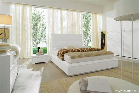 letti bianchi arredamenti diotti a f il su mobili ed arredamento