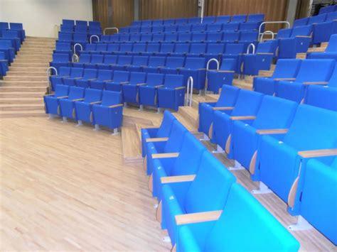poltrone per teatro poltrona per teatro seduta ribaltabile in poliuretano