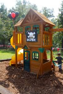 Playsets For Backyard by 25 Great Ideas About Outdoor Playset On