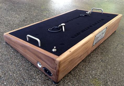 Handmade Pedal Board - custom shop loop pedal board deck west coast