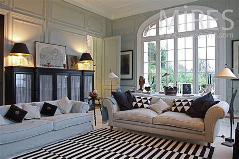 Baroque Architecture double salon chic et lumineux c0802 mires paris