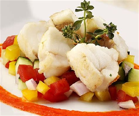 nasello come cucinarlo come cucinare un ottimo pesce lesso tomato