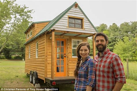 900 Sq Ft House Plans alexis stephens and christian parsons travel country in