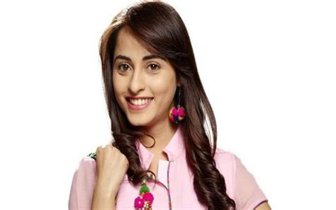 actress name in nazar serial star plus serial actress holidays oo
