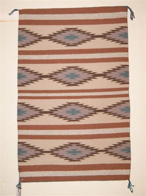 navajo rug weaving chinle navajo weaving