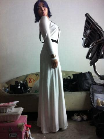Minzy Dress To The Palace 2ne1 Bigbang Chaerin Gdragon Kwonjiyong