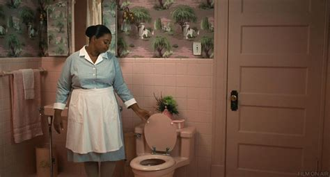 bathroom film the help minny closes toilet the help pinterest