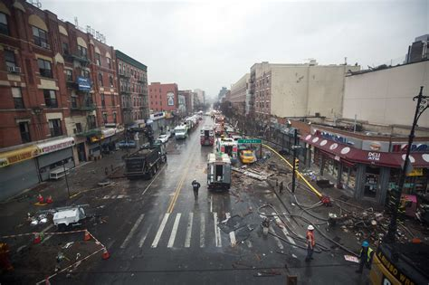 Nyc Search Fatalities Reported After Nyc Buildings Collapse In Explosion