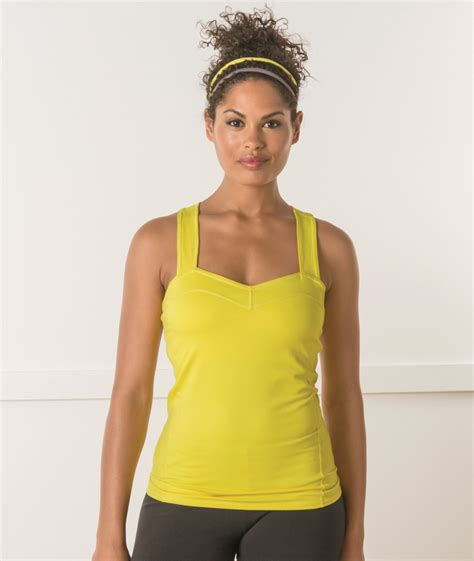 Pieces To Update Your Workout Wardrobe With by 15 Items To Update Your Workout Wardrobe
