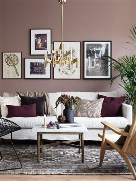 colour scheme for burgundy sofa 25 best ideas about burgundy walls on pinterest