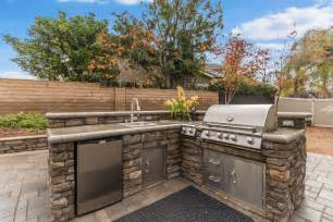 Backyard Cooking Area Outdoor Bbq Islands Alan Smith Pools