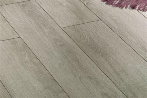 pavimenti simili al parquet casa moderna roma italy laminato per cucine