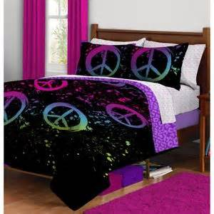 peace sign decorations for bedrooms 17 best images about peace love and happiness on
