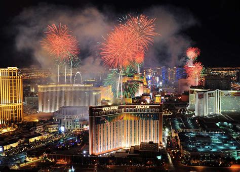 new years travel deals new years vacation packages in las vegas 2017 new years