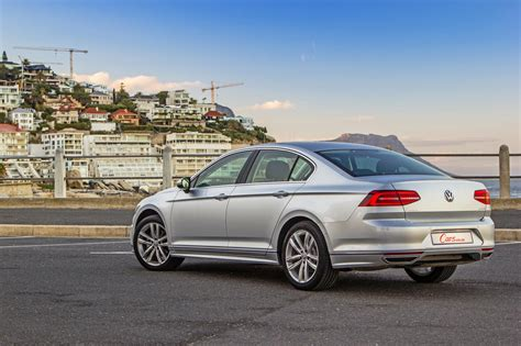 Volkswagen Passat Tdi by Volkswagen Passat 2 0 Tdi Luxury Dsg 2017 Review