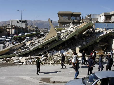 earthquake iran rescue workers resume hunt for survivors in earthquake