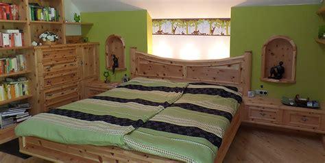 zirbenholz schlafzimmer schlafzimmer in zirbenholz wohntraum branka