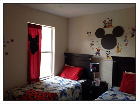 disney themed bedrooms disney themed bedrooms rainforest themed adult bedrooms