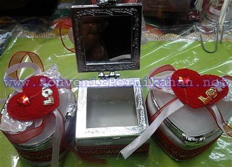 Kotak Tempat Wadah Perhiasan Cantik Merah kotak perhiasan murah bentuk merah souvenir pernikahan