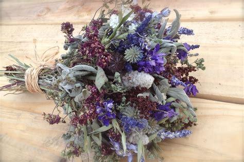 composizioni floreali fiori secchi composizioni fiori secchi regalare fiori come