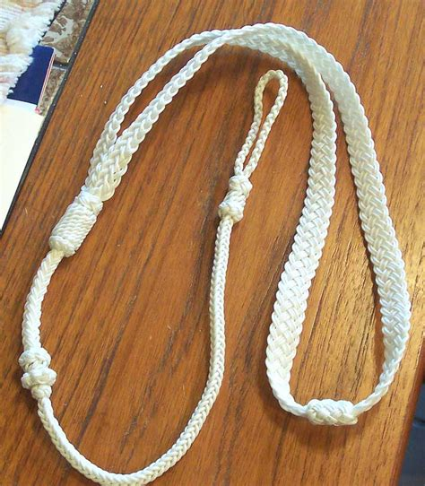 boatswain knot boatswain lanyard tutorial paracord on pinterest