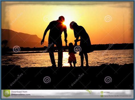 imagenes felices los tres bellas imagenes de una familia de tres imagenes de familia