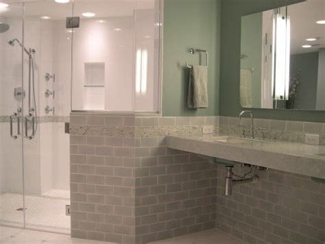 Handicap Bathrooms Designs 1 530 Handicap Accessible Bathrooms Houzz Accessible Bathrooms To Be Note